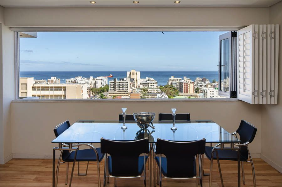 402 Doverhurst (Sea Point, 2 Bedrooms)