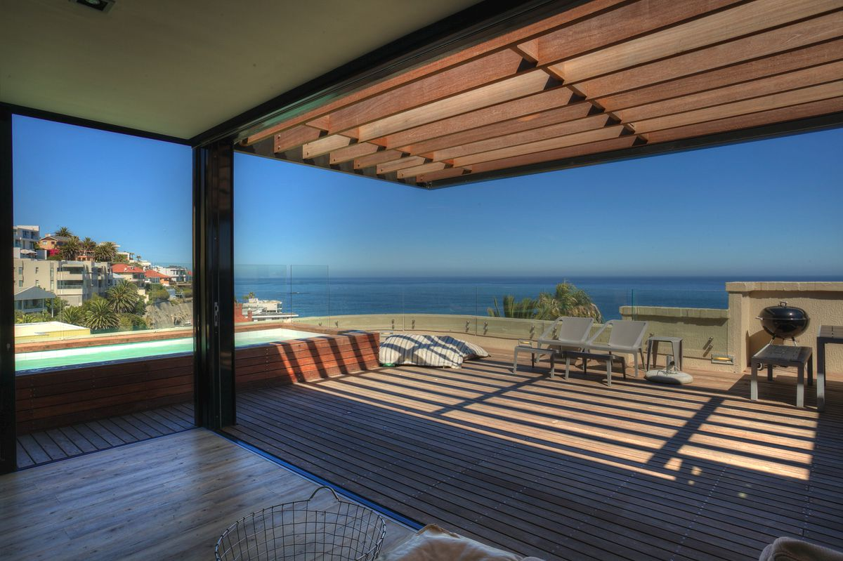 Arcadia Villa (Bantry Bay, 4 Bedrooms)
